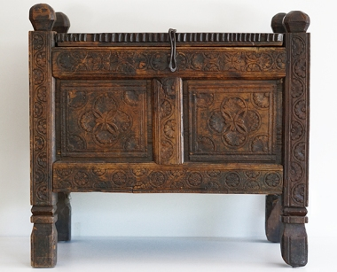 WOOD CHEST (NEPAL)